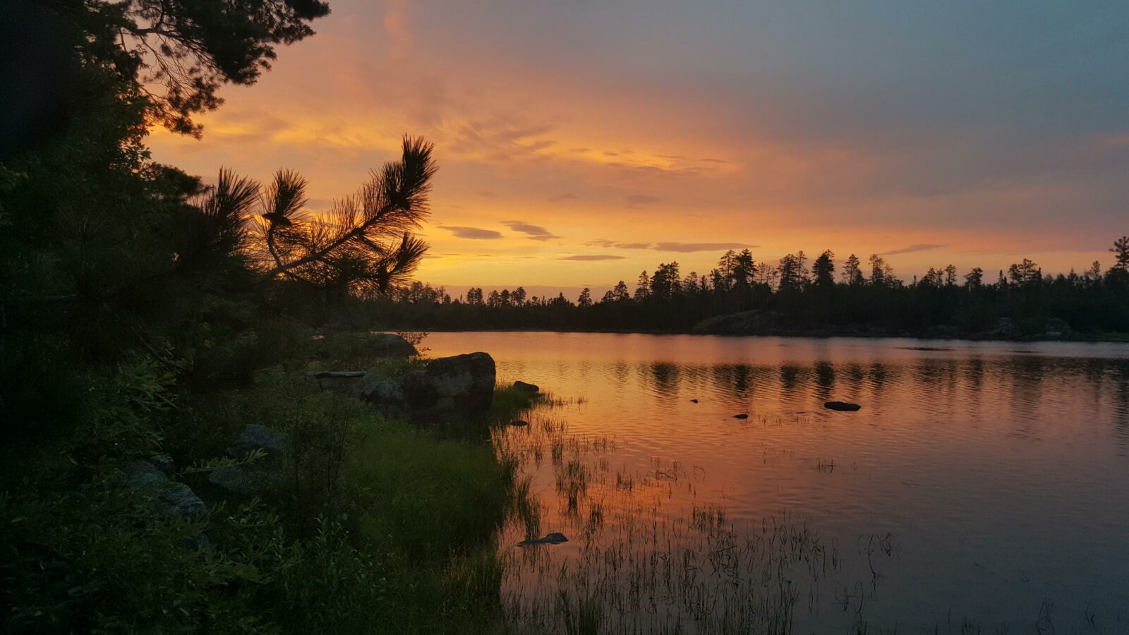 Image of a sunset in the Boundary Waters